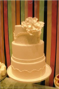 I want this for my wedding cake!