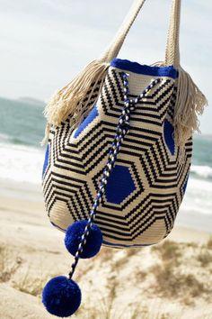 Mochila Crochet, Crochet Tote, Crochet Handbags, Knit Crochet, Crochet Stitches Chart, Tapestry Crochet Patterns, Knitting Paterns, Crochet Backpack Pattern, Crochet Basket Pattern