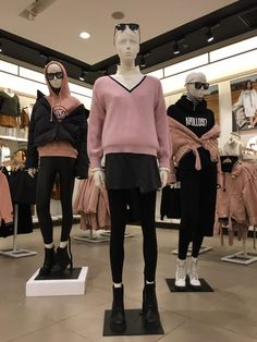 2019 Winter Collection ~ Ladies Instore Display