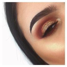How to Apply an Eyeshadow Step by Step Tutorial ❤ liked on Polyvore featuring beauty products, makeup, eye makeup and eyeshadow