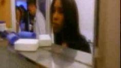 Regarder la vidéo «Montell Jordan - This Is How We Do It » envoyée par songe jean sur Dailymotion.