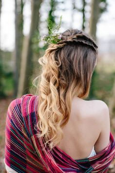 Loose braids and wildflowers create a pretty boho bridal hairstyle | Hayley Savage Photography
