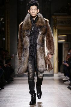 Roberto Cavalli Menswear Fall Winter 2015 Milan - NOWFASHION