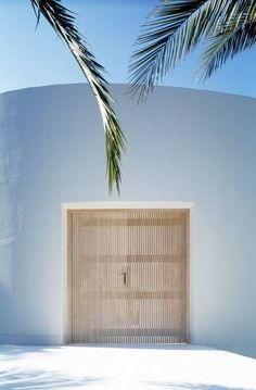 Beach House :: Holiday Home Decor + Design Inspiration :: Beachside Hideaway :: Free Your Wild :: See more Untamed Beach House Inspiration /untamedorganica/