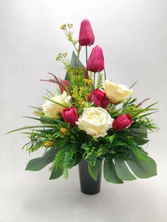 Ikebana, Table Decorations, Home Decor, Floral Arrangements, All Saints Day, Decoration Home, Room Decor, Home Interior Design, Flower Arrangements