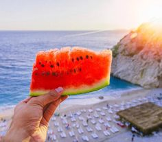 Nothing like fresh watermelon on a beautiful summer day! Watermelon has vitamin A, and C, antioxidants, and amino acids. Delicious and healthy…what could be better? Healthy Brain, Brain Food, Watermelon Recipes, Summer Parties, Balanced Diet, Vitamins, Yummy Food, Fresh, Dishes