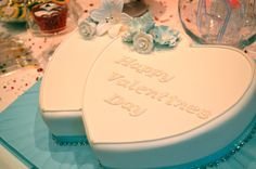 Genuine Cakes Cake Decorating Classes, Valentines Day Cakes, No One Loves Me, Four Seasons, Park, Seasons Of The Year, Parks