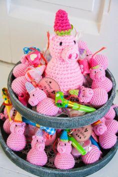 Het leven is een feestje met deze lieve varkentjes!