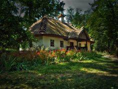Ukrainian house by Dima Morozov, via 500px