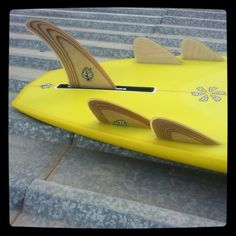 Handshaped, 100% resin tint bonzer. Fins and board by Neyra Custom Boards