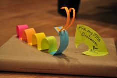 AWESOME gift wrapping ideas using just a brown paper bag and Post It Notes!!! If you haven't checked out Polkadot Tango, please do!