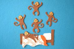 Storytime theme: Silly storiesBooks used:Caps for Sale: A Tale of a Peddler Some Monkeys and Their Monkey Business by Esphyr SlobodkinaCaps for Flannel Board Stories, Felt Board Stories, Felt Stories, Flannel Boards, Felt Puppets, Hand Puppets, Library Activities, Craft Activities, Toddler Preschool