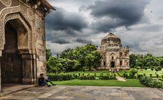 32. Pequeños seres.  Uno de mis últimos viajes  a la india, en esta fotografía intento  captar la esencia del paisaje de viaje y el mundo de la literatura en unos escenarios de cuentos #FotoViajes