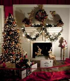 fireplaces decorated for christmas | ... claus display for christmas fireplace and christmas decoration ideas