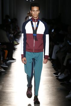See the complete Ports 1961 Spring 2018 Menswear collection.