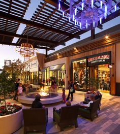 Westfield Town Center near Magic Mountain. I have always enjoyed Salt Creek Grill & Coffee Bean and Tea Leaf. Commercial Center, Commercial Street, Mall Design, Retail Design, Retail Architecture, Modern Architecture, Interior Exterior, Exterior Design, Strip Mall