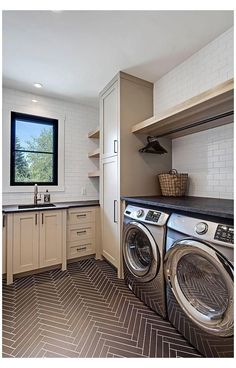 Mudroom Laundry Room, Laundry Room Layouts, Laundry Room Remodel, Laundry Room Bathroom, Farmhouse Laundry Room, Laundry Room Organization, Laundry Room Small, Laundry Organizer, Laundry Decor