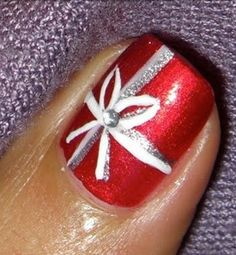 Red nail with bow super pretty