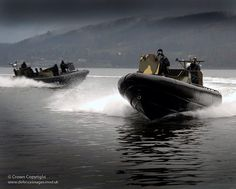 These fast and manoeuvrable craft are tasked with escorting Royal Navy Submarines to and from their berths at Clyde, Scotland. British Royal Marines, British Armed Forces, Royal Navy Submarine, Submarines, Navy Seals, Aircraft Carrier, Special Forces, Military History, Boats