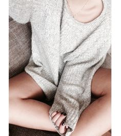 Cozy over sized sweater! Perfect for lazy Sundays!