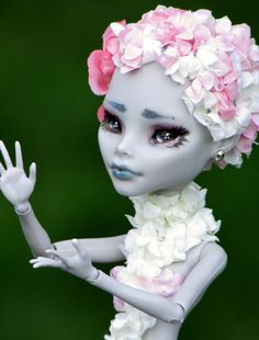 Monster High OOAK  Haruko  Ghoulia Yelps by SunisCustomCreations, $70.00