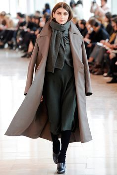 Lemaire Fall 2014 Ready-to-Wear Fashion Show