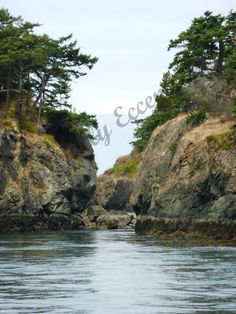 5x7 inch Print of Islands off Bellingham Coast, Bellingham, Washington State, Nature Photography, Original Photography. $8.00, via Etsy by faeriesndragons (Naturally Eccentric)