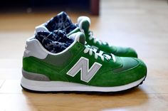 New Balance ML574 sneakers. Mint. Simply. Gorgeous.