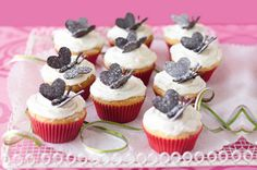 These little chocolate butterflies are the crowning glory of these delicious little cupcakes. Chocolate Butterflies, Butterfly Cupcakes, Butterfly Party, Afternoon Tea Recipes, Fairy Cakes, Yummy Cupcakes, Delicious Cookies, Cupcake Recipes, Dessert Recipes