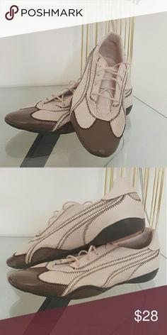 Old school puma flat sneakers These may not be in store today but they surely work! As long as you stay a 10 they will survive a lifetime! Puma Shoes Sneakers