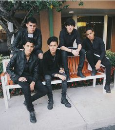 We've got the inside scoop, exclusive news, and latest photos about CNCO. Memes Cnco, Cnco Richard, Five Guys, Latin Music, O Love, Twitter Bio, Cool Bands, Loving Someone, Celebs