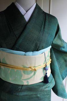 緑の単衣紬 unlined Tsumugi (pongee) of green - favorite color, favorite weave (tsumugi) <3 <3 <3
