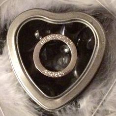 HALO in my Heart Angel's Keepsake Tin Silver & by HEAVENSBOOK