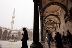 https://flic.kr/p/vwF5s2 | Rain. Istanbul, Turkey | People getting shelter at the Blue Mosque during a storm with heavy rains in Istanbul, Turkey.