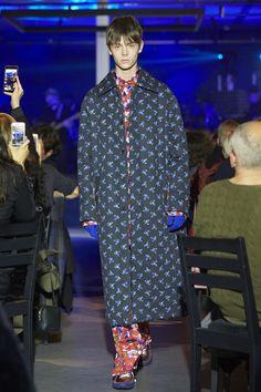 Kenzo La Collection Memento N.1 at Paris Fashion Week Fall 2017 - Runway Photos