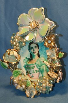 Blue Flower Jeweled one of a kind embellished by KatsCollection Homemade Picture Frames, Picture Frame Crafts, Jewelry Frames, Jewelry Tree, Vintage Jewelry Crafts, Seashell Crafts, Mosaic Art, Blue Flowers, Framed Art