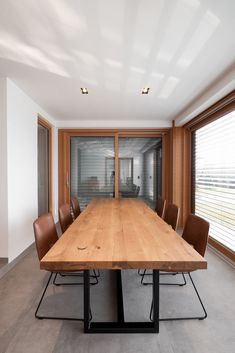 haus s - Möbelbau Breitenthaler, Tischlerei Modern, Conference Room, Table, Design, Furniture, Home Decor, Houses, Carpentry, Dinner Table