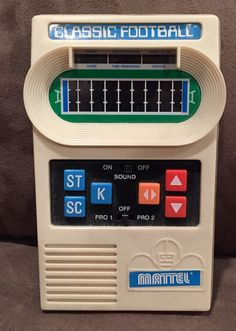 mattel classic football in Games and Toys 70s Toys, Retro Toys, Vintage Toys, Childhood Toys, Childhood Memories, Radios, Back In My Day, 80s Kids, Teenage Years