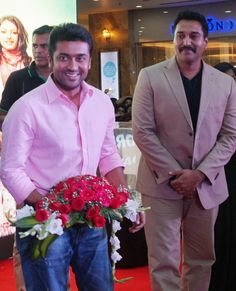 LuLu Mall was abuzz with ‪#‎Suriya‬ fans as the Tamil ‪#‎superstar‬ paid us a visit to promote the upcoming Malayalam flick '‪#‎Lavender‬' starring ‪#‎Rahman‬,‪#‎GovindPadmasoorya‬ amid others. Take a look at the exclusive pics of the event.