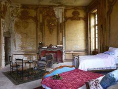 Château de Gudanes Renovation: Louis XIV Decor and Spring Roses