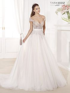 Tarik Ediz Wedding Dresses 2014 Collection Part II. To see more: http://www.modwedding.com/2014/08/06/tarik-ediz-wedding-dresses-2014-collection-part-ii/ #wedding #weddings #wedding_dress