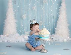 Winter Wonderland Baby Cake Smash Photos By Brandie Narola Photography » Cake Smash, Newborn and Child Photographer in Burlington, ON
