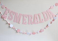 Papeles Pequeños: Bautismos Sarah Kay, Ideas Para Fiestas, Charlie Brown, New Baby Products, Origami, Banner, Birthday Parties, Baby Shower, Diy Crafts