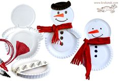 Kid's Crafts - Snowmen Paper Plates (Use felt for scarf and top hat. Kids Crafts, Winter Crafts For Kids, Toddler Crafts, Preschool Crafts, 3d Christmas, Childrens Christmas, Christmas Projects, Holiday Crafts, Paper Plate Crafts