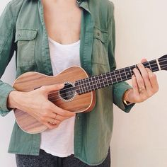 """#ShareIG taught myself how to play """"don't think twice, it's all right"""" today. pretty proud of myself."""