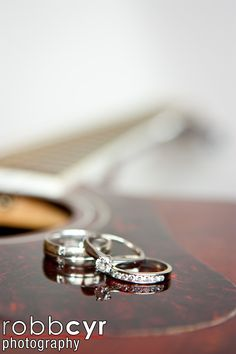 guitar wedding rings - Cant remember but I think I saw somewhere on FB that you played the guitar?? Was there a way you wanted to photograph the rings??