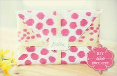 fabric envelope. The tutorial is here:  http://www.weddingchicks.com/2010/09/21/hilton-pittman-photography/