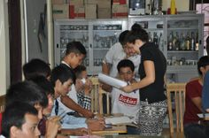 A UBELONG Volunteer on the education projects in Hanoi, Vietnam. Looking great! #VolunteerAbroad