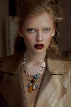 Natural stone necklace Domenica with agates and jasper Jewelry Gifts, Handmade Jewelry, Geek Jewelry, Kids Jewelry, Jewelry Bracelets, Pink Crafts, Fashion Seasons, Stone Necklace, Jewelry Trends