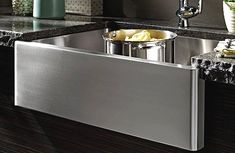 Discover your options in a stainless steel farmhouse sink and find out which products are the best.